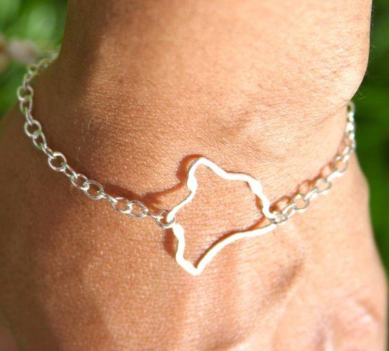 Hawaii Island Link Bracelet - Fine Silver. $25.00, via Etsy.