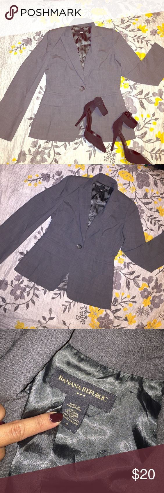 ⚜Banana Republic Gray Coat⚜ Everyone needs a gray blazer ... Wear it with a white tee & some boyfriend jeans for day or wear it over a black dress for night ! Gray blazer from banana republic shell made of 95% wool and 5% spandex ( giving that stretchy feel and look. Pic four shows the material of the aging therefore signs of wear but Overall no stains or rips ! Banana Republic Jackets & Coats Blazers