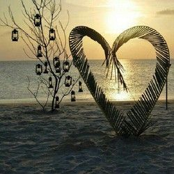 heart on beach w lanterns - sz