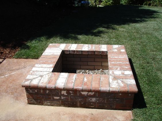 Brick fire pits fire pits and fire on pinterest for What kind of bricks for fire pit