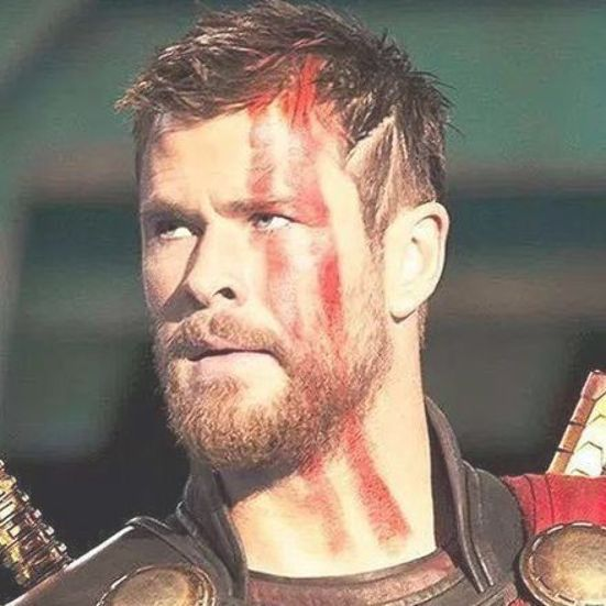 How To Get The New Chris Hemsworth Thor Ragnarok Haircut Thor Ragnarok New Hairstyle Chris Hemsworth Hair Chris Hemsworth Beard Chris Hemsworth Thor