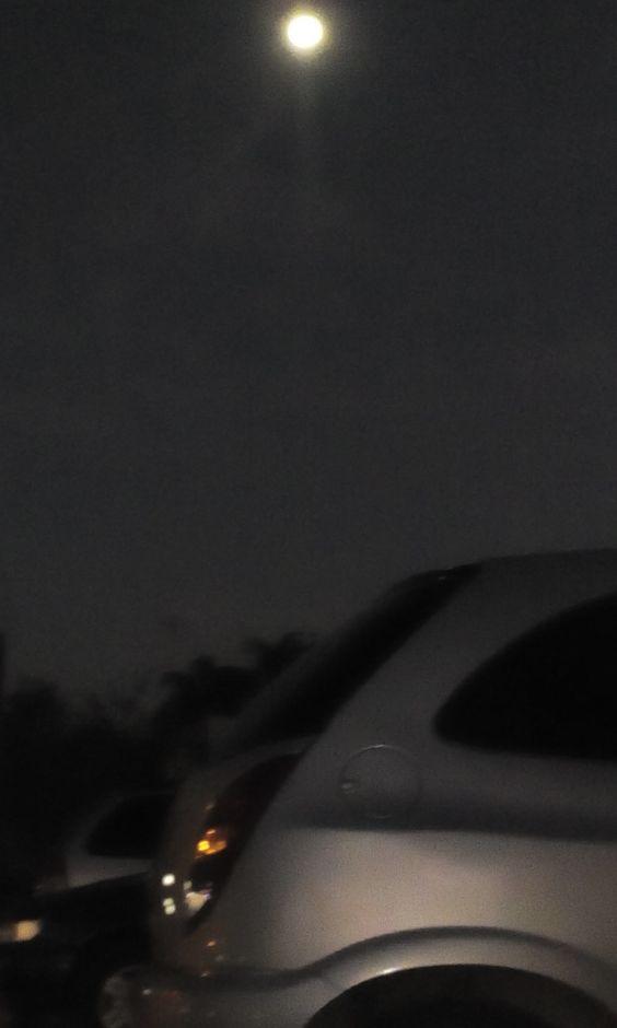 Sim, isso também é a Lua.