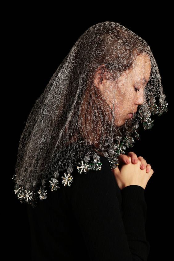 9 - Off the shelf - Central St Martins -   Yayun Fang, Mary's Veil: