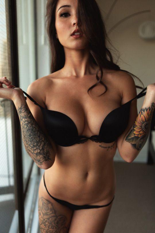 T+A: Sexiest Women From The Net
