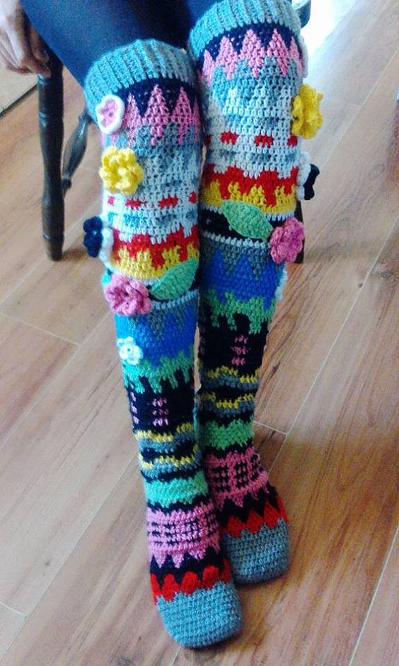 Free Crochet Pattern Knee High Socks : Stop motion, Patterned socks and Patterns on Pinterest