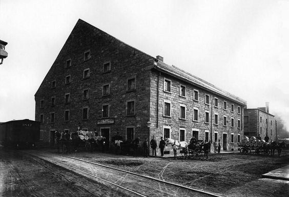Montréal 1887. Manufacture de James Williamson, rue Brennan, angle rue Duke…