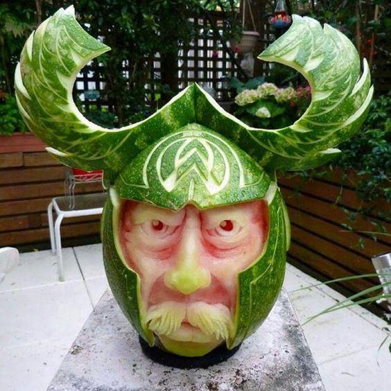 Amazing watermelon art! Extreme talent.