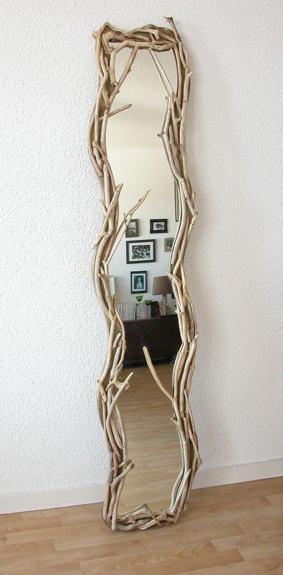 Miroir vertical en bois flott par benoit galloudec http for Miroir brot paris mirrors