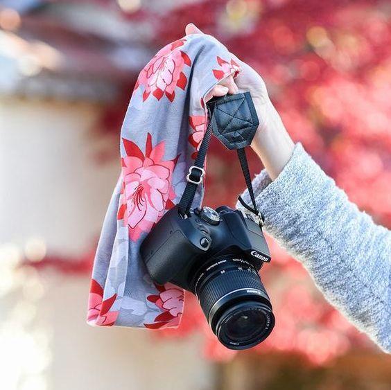صور بنات بكاميرا 2021 خلفيات بنات مع كاميرا صور كاميرا كانون بنت نيكون In 2021 Girls With Cameras Girly Photography Camera Wallpaper