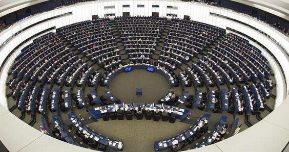 El Parlamento europeo ordena investigar las 'puertas giratorias' en el sector energético