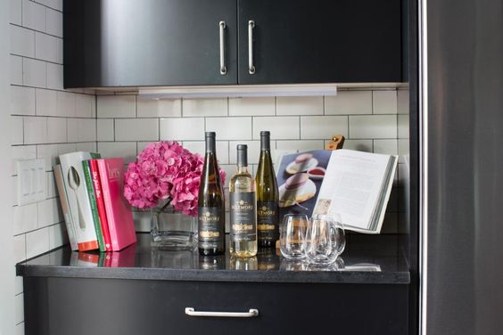 Bold, bright and convenient, the HGTV Urban Oasis 2015 kitchen is the perfect place to whip up a farm-to-table meal. From the experts at HGTV.com.