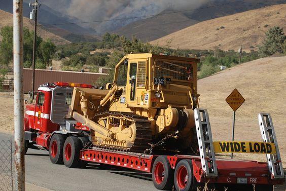 Ca , Cal Fire : Dozer