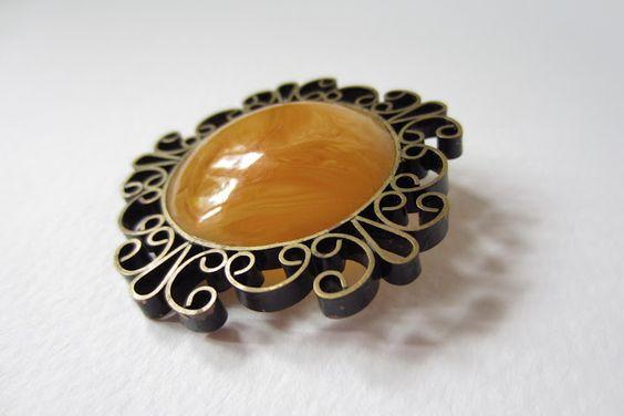 Vintage deco 40's butterscotch amber flower brooch by 13cat-commander.deviantart.com