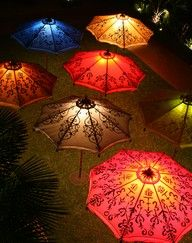 lit umbrellas.: Umbrellas Parasols, Umbrella S, Lighting Idea, Parasols Umbrellas, Glowing Umbrellas, Patio Umbrellas, Umbrella Lights