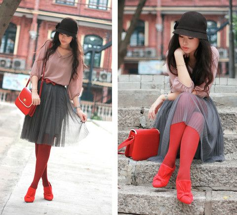 Love the red.     Rouged  (by Mayo Wo) http://lookbook.nu/look/1188879-rouged