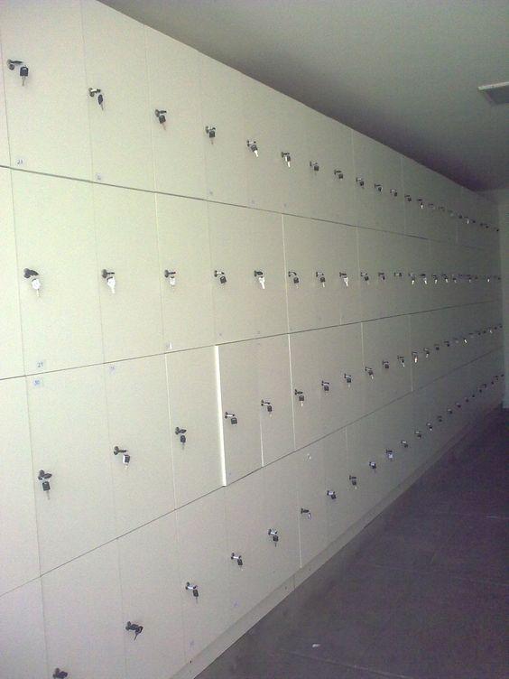 Escaninho com 200 portas - Arte em MDF