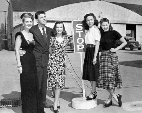 Burt Lancaster and the female stars of Brute Force, Anita Colby Ella Raines, Ann Blyth and Yvonne De Carlo 1947: