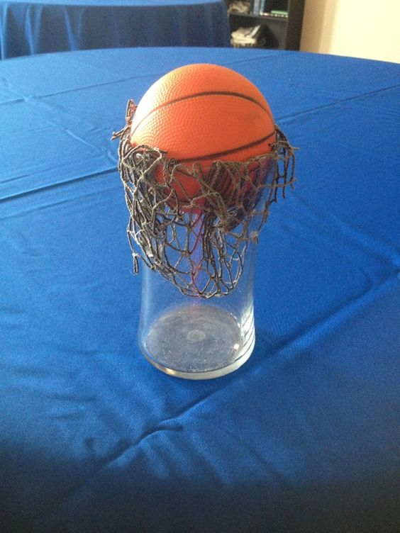 Basketball Squishy : Basketball centerpieces Bought little squishy basketballs at the dollar store, netting from ...