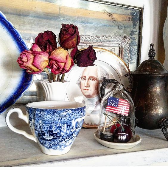 I cannot tell a lie...I am way too excited that I went back the next day to a thrift shop to snatch up this George Washington saucer, after tossing and turning all night the night before for not buying it when I first saw it earlier that day! I knew it would be great for patriotic vignettes! 🇺🇸I am loving all the beautiful patriotic ideas everyone has been sharing here on IG and on blogs! There is a fun patriotic link party going on over on my blog #linkinprofile with so many great posts to ch