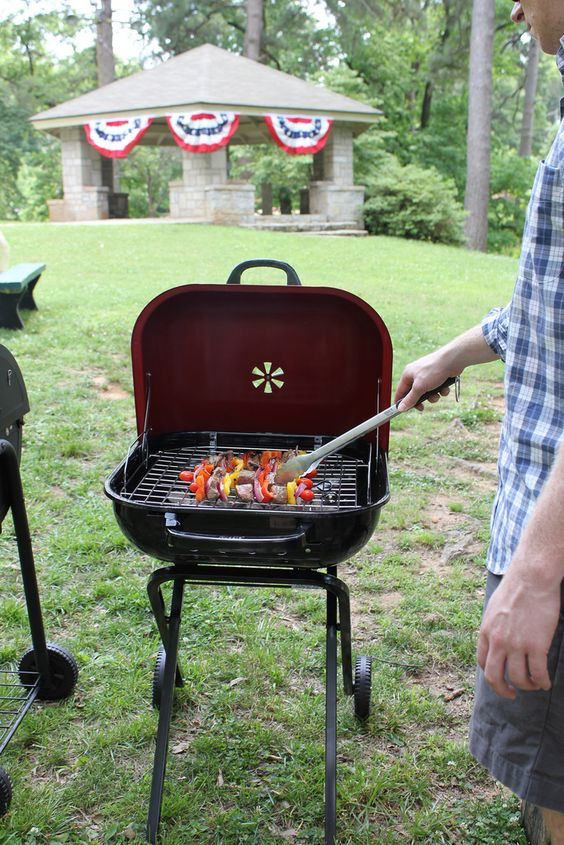 memorial day charcoal grill sale