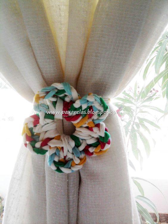 Curtain tie backs - giant crochet flower idea ❁•Teresa Restegui http://www.pinterest.com/teretegui/•❁