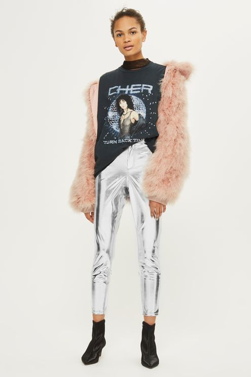MOTO high rise, ankle grazing skinny jeans in silver vinyl finish.