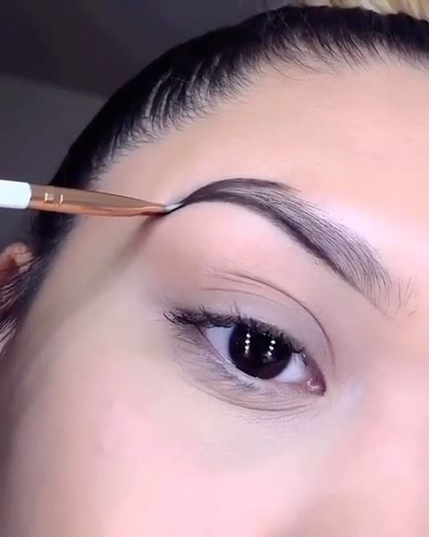 Elysian Beautiful Brows Look 1 Or 2 Comment Below Swipe To To See All Jessicaxlooks Belleza Maquillaje Peinados