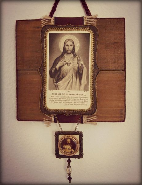 Vintage Button Wall Decor : Sacred heart of jesus rustic wall art shrine features
