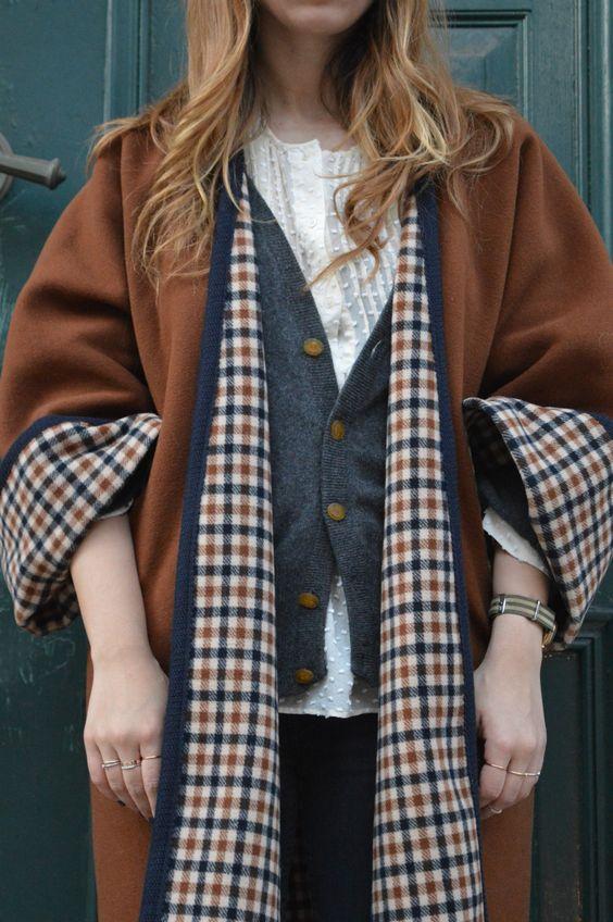 Poncho100% cappotto di lana, doppio, elegante, albrim collo, donna, inverno, moda, shopping, citazioni di moda del giorno, moda, capi preziosi, senza tempo di fattoamanou su Etsy