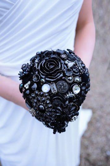 Teardrop Button & Brooch Bouquet by iheartbuttonsuk on Etsy