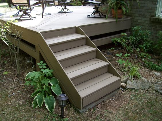 steps with no railing