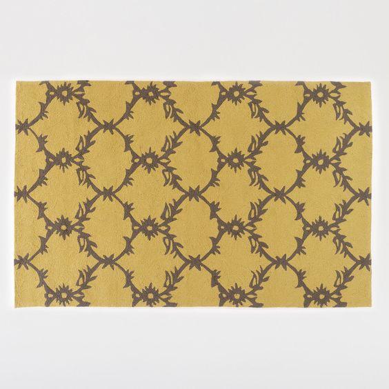 5 x 8 Yellow Lattice Hooked Indoor Outdoor Rug