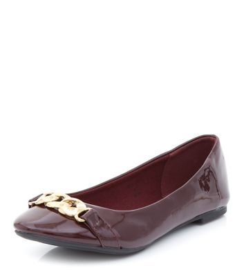 Burgundy Patent Chain Trim Pumps