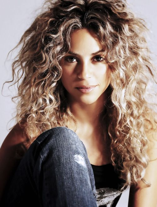 How To Get Big, Curly Hair in 10 Minutes!