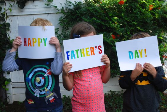 A colorful and easy DIY Father's Day sign or card, the perfect Father's Day craft idea,