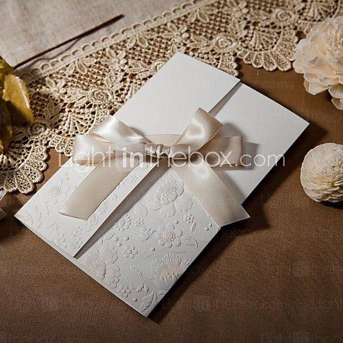 d'epoca in rilievo tri-fold inviti matrimonio con l'arco nastro (set di 50) - USD $ 49.99