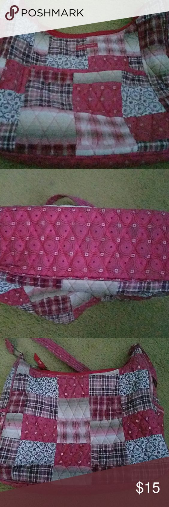 Bella Taylor patchwork purse Used Bella Taylor purse. Has some wear to it. Bella Taylor Bags Shoulder Bags