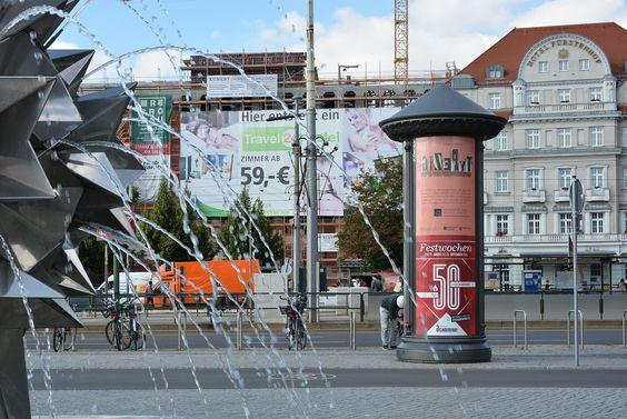 Leipzig - Hypezig - Typezig!  Große Freude: unser Typezig-Plakat ist gerade überall im Leipziger Stadtbild zu sehen. /// Plakatgestaltung: Katja Rub /// Foto: Museum für Druckkunst Leipzig