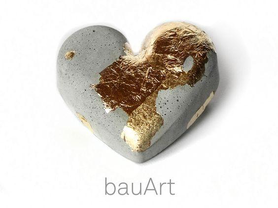 Beton+Brosche+Herz+*gold*+von+bauArt+auf+DaWanda.com