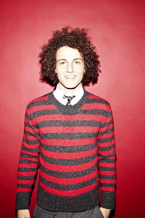 David Luiz because we have the same hair (when I don't flat iron the shit out of mine) and he's so cute qt!!!