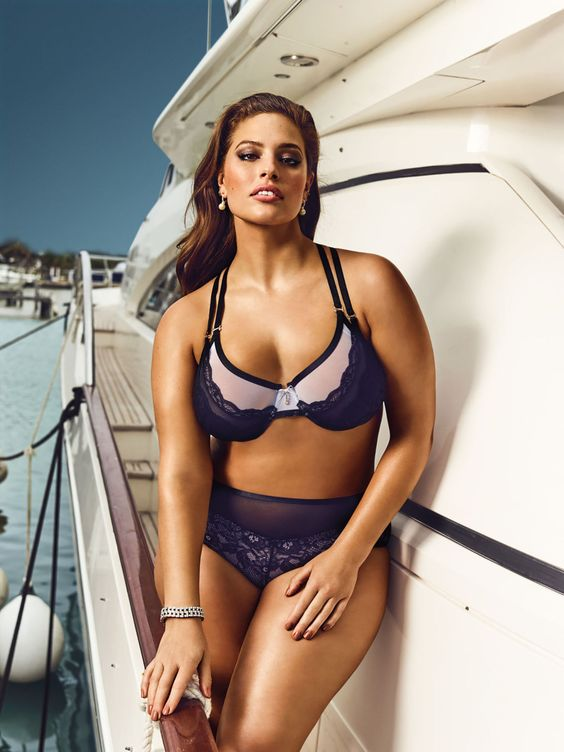 Addition Elle's collaboration with Ashley Graham Ashley Graham Collection SS2016