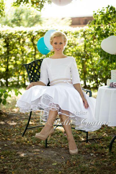 """schlichtes Brautkleid """"Emilia II"""" 50er Jahre Stil von Belle Couture Braut  Brautkleider im 50er Jahre Petticoat Stil auf DaWanda.com"""