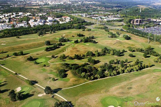 Golf de Saint-Quentin-en-Yvelines, Yvelines, Île-de-France, France. Vidéo aérienne sur FlyOverGreen / Aerial video on FlyOverGreen