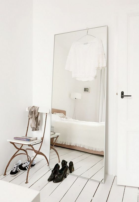 In your 30s 9 things you need to get rid of stat for Full length bedroom mirror
