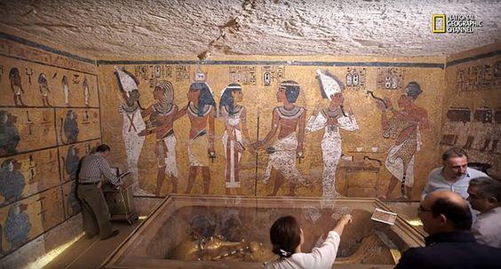 Radar liefert Beweise für weitere Kammern im Tutanchamun-Grab . . . http://www.grenzwissenschaft-aktuell.de/radar-scans-neue-beweise-fuer-weitere-kammern-im-tutanchamun-grab20151128 . . . Abb.: National Geographic Channels