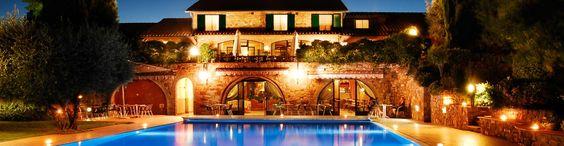 RESORT.TOSCANA. Wellness Center Casanova Hotel Residence e' in una localita' di campagna, nella localita' di SAN QUIRICO D'ORCIA , in provincia di SI. Si puo' definire un albergo perfetto per vivere momenti romantici.E' dotato di un totale di 70 camere, 26 appartamenti, 1 suite, 26 junior suite.