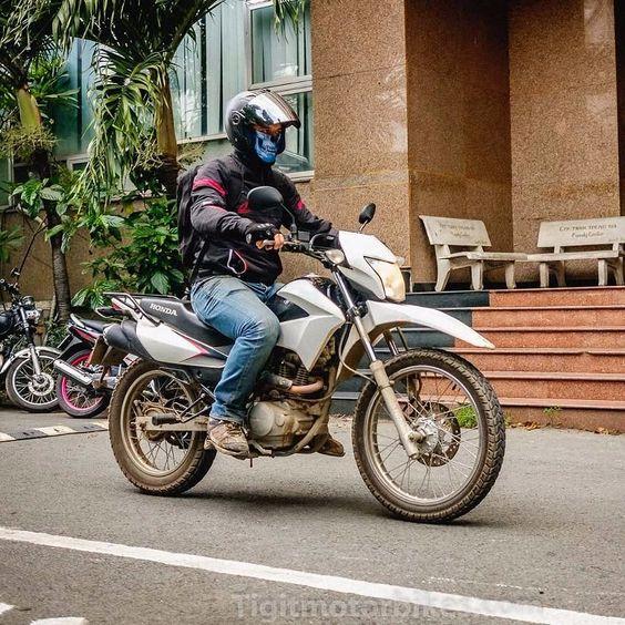Renzo And His Monster Mask Off To Dalat On Tigit Honda Xr150 Tigitmotorbikes Travelonbikes Travelvietnam Hochiminhmotorbikes Hochiminhtodalat Motorbikevie