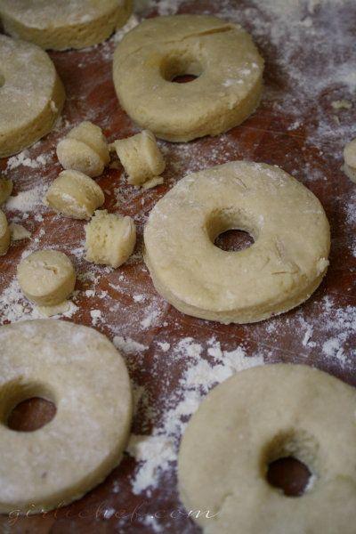 girlichef: Old-Fashioned Sour Cream Doughnuts w/ Vanilla Icing