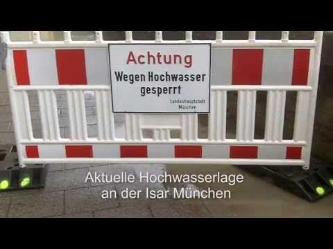 Hier die aktuelle Hochwasserlage (03.06.2013 15 Uhr) an der Münchner Isar. Die Flaucher-Brücke ist derzeit aktuelle gesperrt. Ebenso der Durchgang unter der Thalkirchner Brücke, an den Flaucher-Isarauen steht das Wasser wo sonst gegrillt und Fußball gespielt wird. Video http://www.nachrichten-muenchen.de - Musik von http://www.ende.tv  #isar #wasser #muenchen