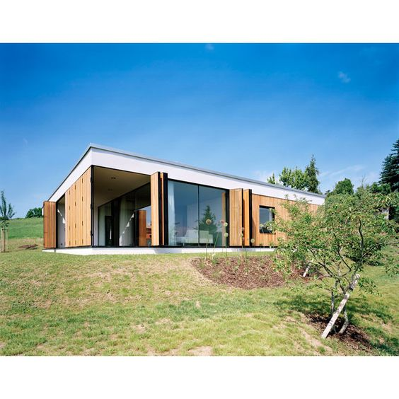 Exceptional Wood Window Stutters Simple Family House Design. Flat Roof Design | General  Roofing Systems Canada (GRS) 1.877.497.3528 Western Canadau0027s Leading Exu2026 ...